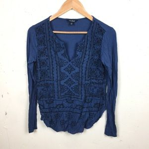 Lucky Brand Blue Embroidered Aztec Top Small